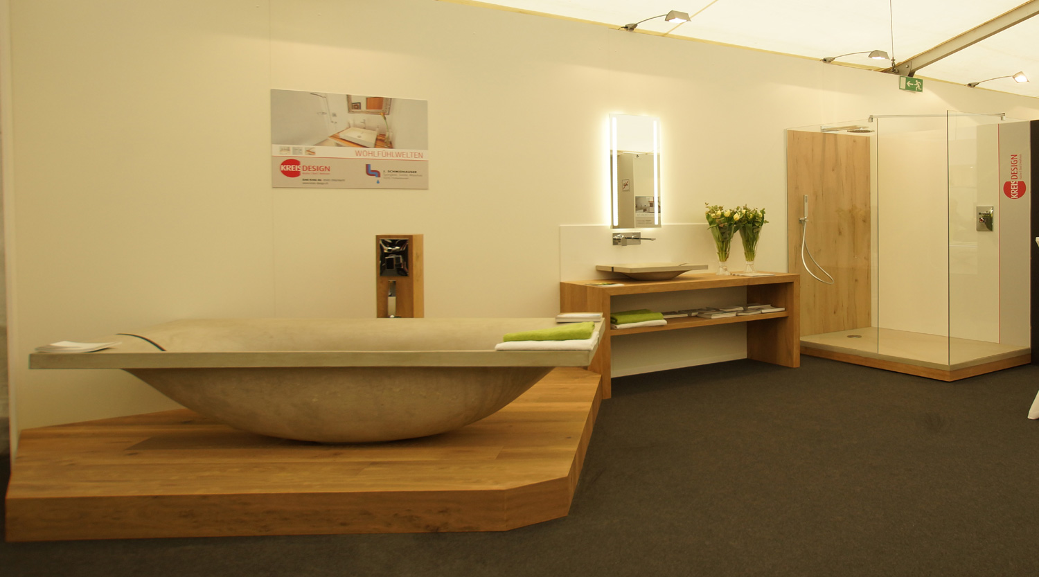 Kreis-Design_Wave-bathtub_exhibition-april15-WEB