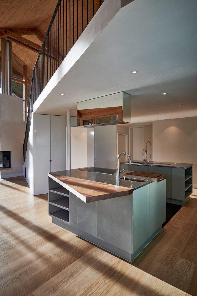 Betonküche Betonfronten Beton Holz geradlinges Design Residential – dade design