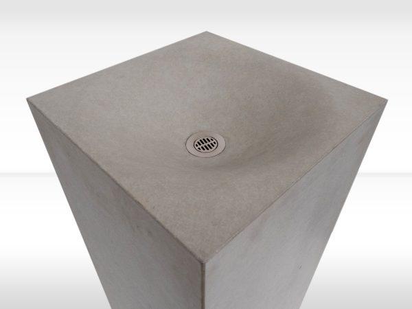 Trinksäule_VANITY--beton-waschbecken_concrete-cemento-design-shop