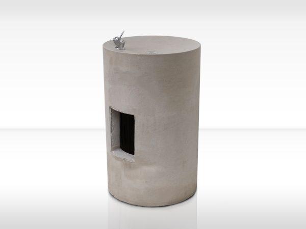 Trinksäule_dade-RONDO-revisonklappe-beton-waschbecken_concrete-cemento-design-shop