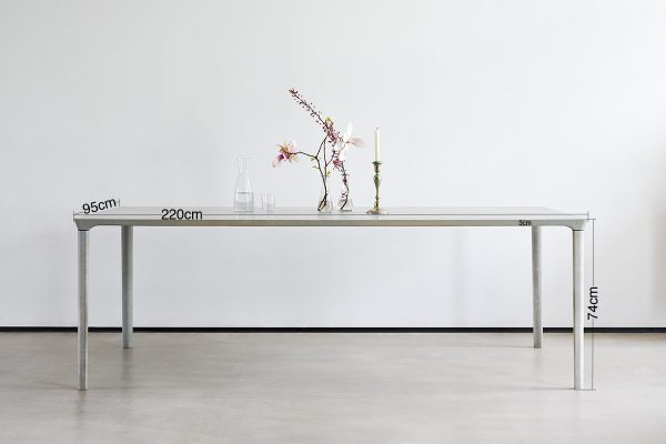 dade-Betontisch-NINA-MAIR-masse-beton-Tisch_concrete-cemento-design-shop