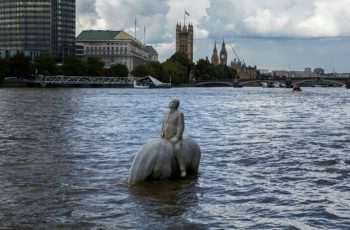 Concrete sculptures at the #TotallyThames Festival / dade-design has the ability to produce concrete sculptures with #3dprint