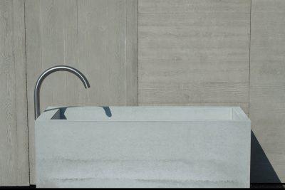 dade-PREMIUMBRUNNEN-klein-01-beton-waschbecken_concrete-cemento-design-shop