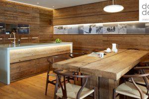 Chalet Chic: legno fuori e cemento dentro