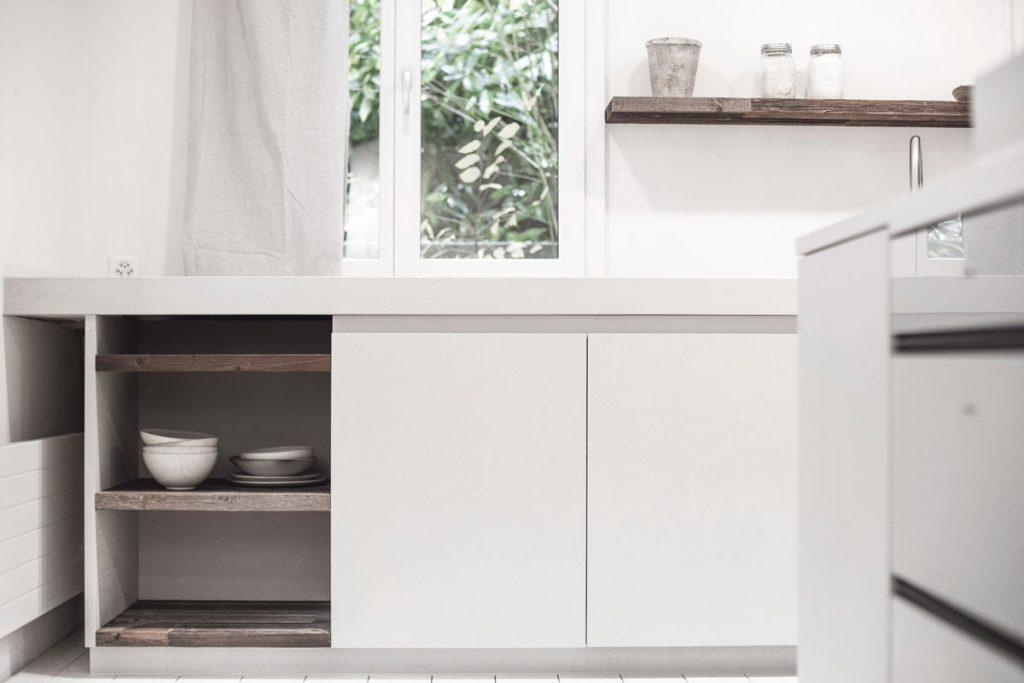 dade design Betondesign Küchenstudio Betonküche Weisszement