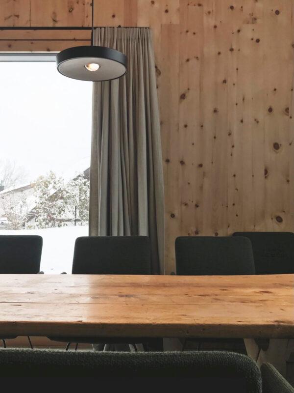 Betonleuchte Pendelleute Lampe concrete cemento KIVO project  by Schneller Caminada | dade design