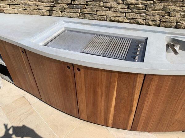 Individuelle Outdoor Küche Beton Holz Wimbledon London | dade design